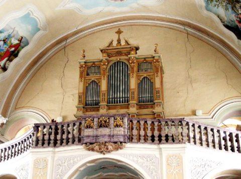 Farní kostel sv. Ondřeje Heřmanovicích
